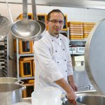 Koch in Großküche